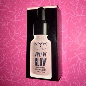 NIB, NYX Away We Glow Liquid Booster in Snatched.